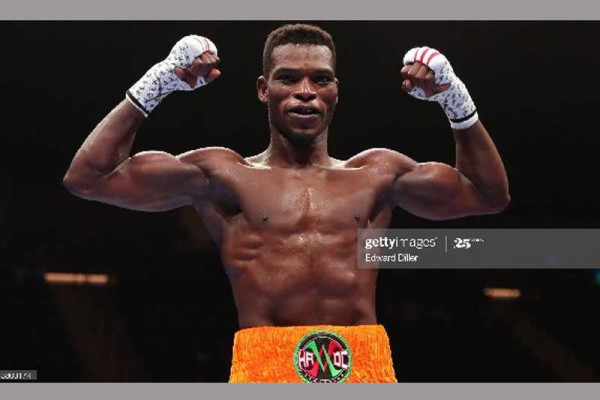 Joshua Clottey challenges Richard Commey to move up in weight
